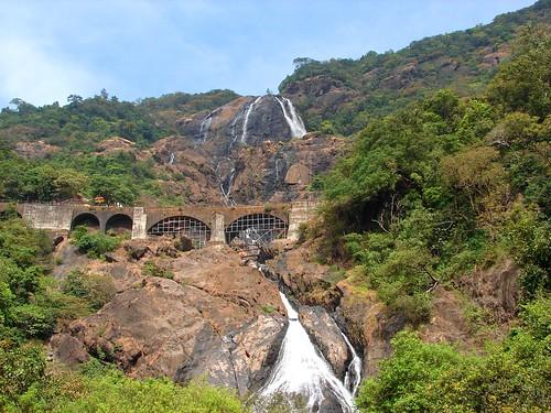 Goa - Doodh Sagar Falls