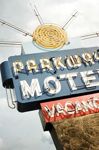 orderville, utah -parkway motel