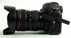 cameras & optics(1.0), digital camera(1.0), camera(1.0), digital slr(1.0), video camera(1.0), camera lens(1.0), reflex camera(1.0),