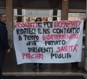 precari puglia proteste