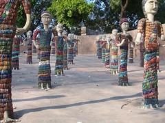 Rock Garden: Figurines made from broken bangles