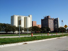 Decommissioned Imperial Sugar facility