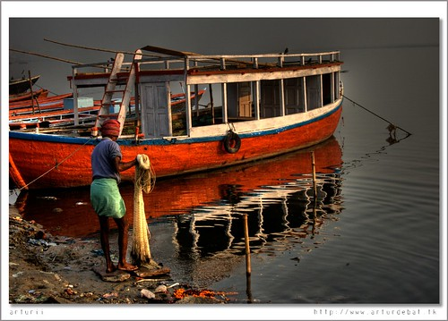 Fishing at Ganges.