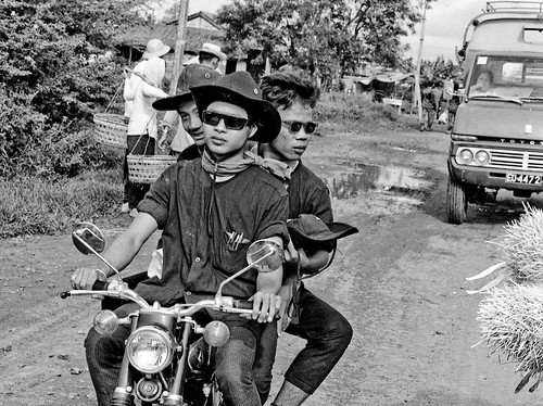 3 Muskateers Vietnam 1968 by Lance & Cromwell