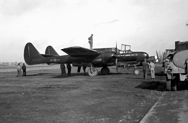 P-61 lite good PanX f4.5 60th sec. med yell filter 04