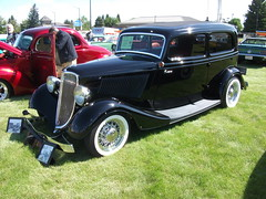 automobile, automotive exterior, vehicle, hot rod, antique car, sedan, ford model b, model 18, & model 40, classic car, vintage car, land vehicle, luxury vehicle, motor vehicle,