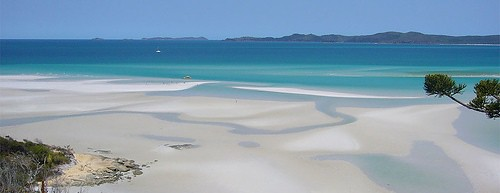 23 Oct 2008 - 06:11 - Awesome image of Whitehaven Beach on the Whitsunday Islands.
