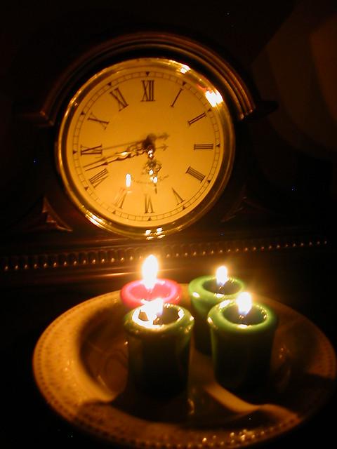 Candle light, Nikon E2500