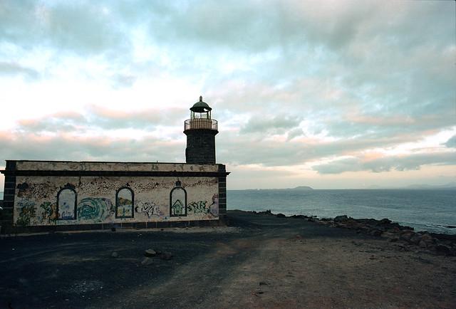 Faro de Punta Pechiguera by Andrés Medina