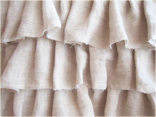 Linen ruffled tote
