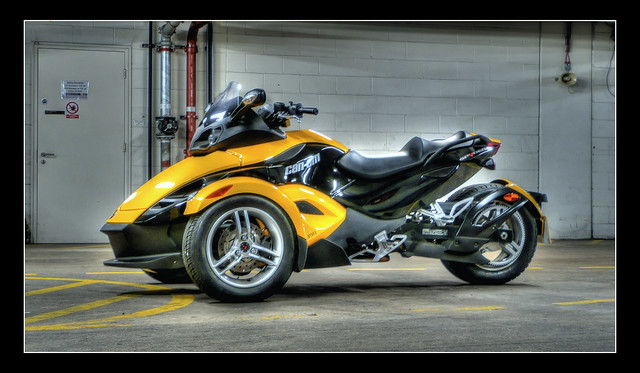 top gear spyder can am trike 1 flickr photo sharing. Black Bedroom Furniture Sets. Home Design Ideas
