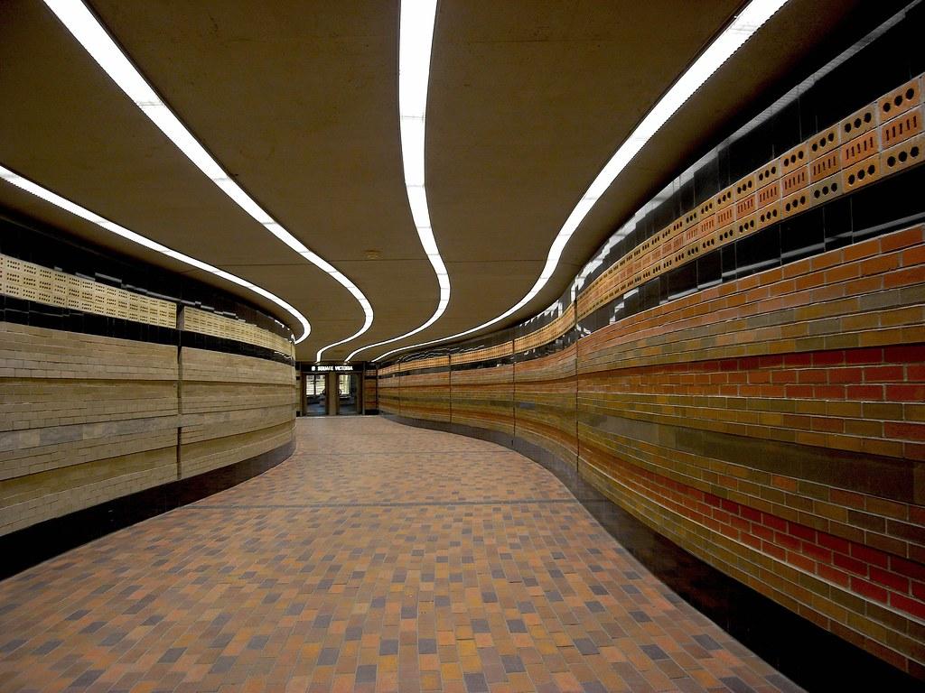 Montreal Underground:  Victoria Square