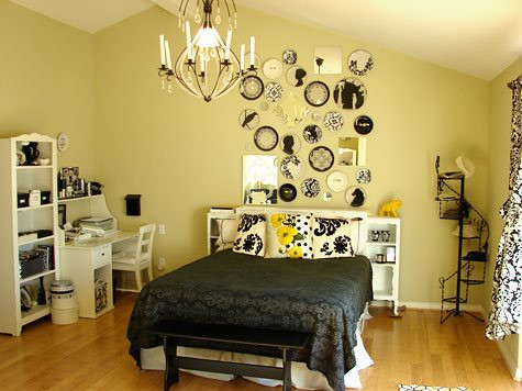 Black yellow and white bedroom a photo on flickriver for Black white and yellow bedroom