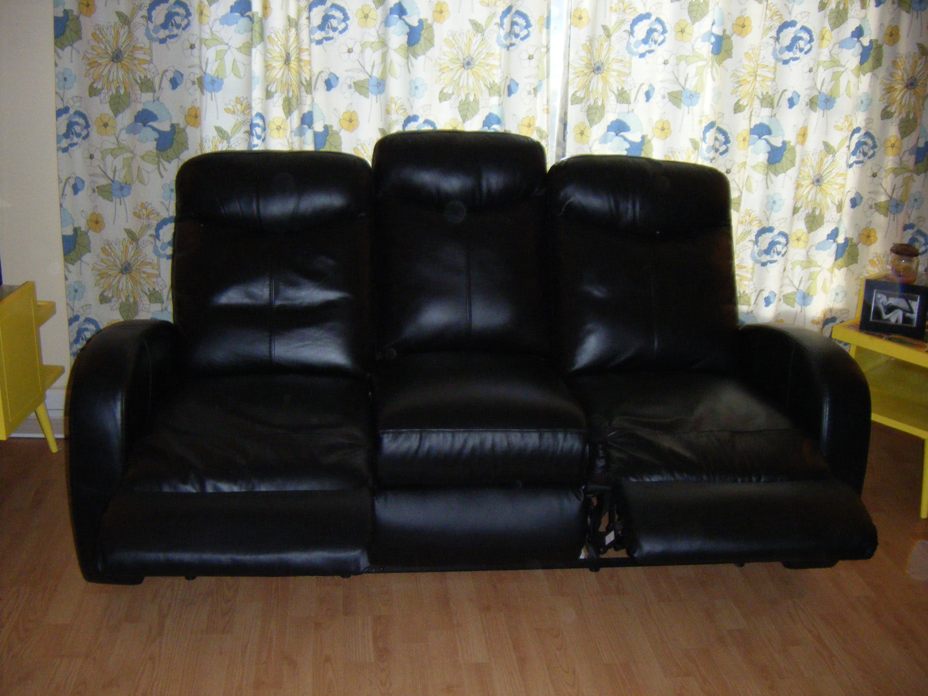 Leather Sofa Sets For A Living Room