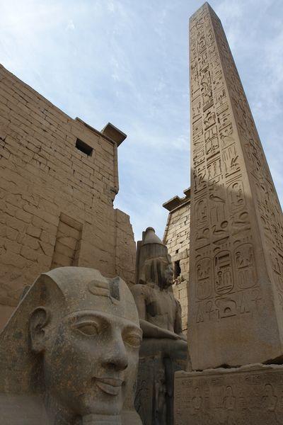 Templo de Luxor Templos a la orilla del río Nilo en Egipto - 2474549678 8163bec4fe o - Templos a la orilla del río Nilo en Egipto
