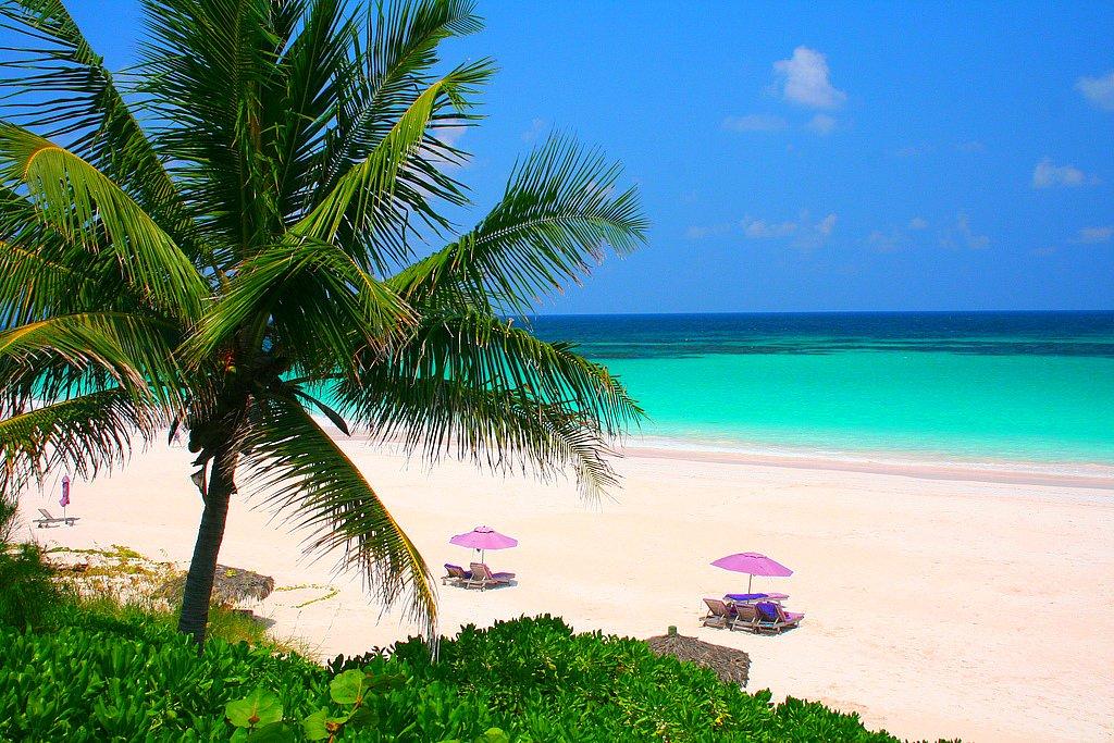 10 безлюдных пляжей, о которых молчат путеводители