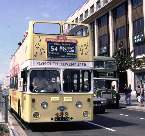 095-32 Plymouth Atlantean 458 WJY758