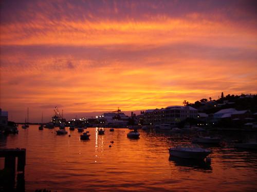 sunset dusk north atlantic shore bermuda breathtaking potofgold naturesfinest flickrsbest bej justclouds abigfave platinumphoto anawesomeshot colorphotoaward theunforgettablepictures goldstaraward breathtakinggoldaward