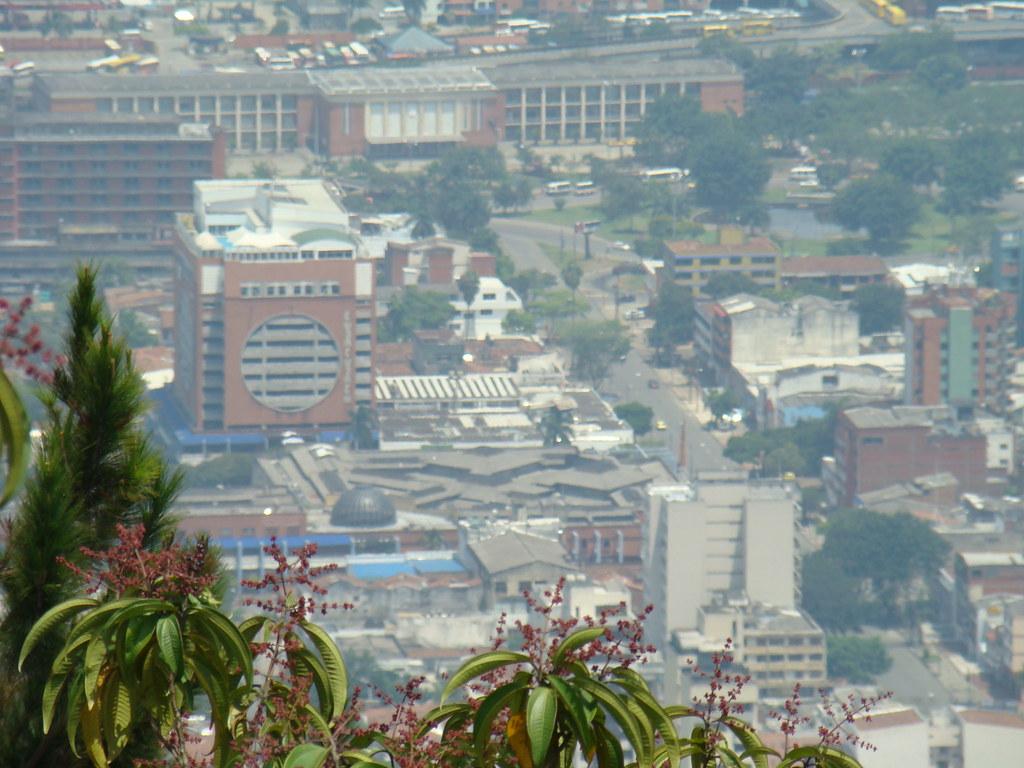 Panorama De Cali Colombia Alejandro Rendon Flickr