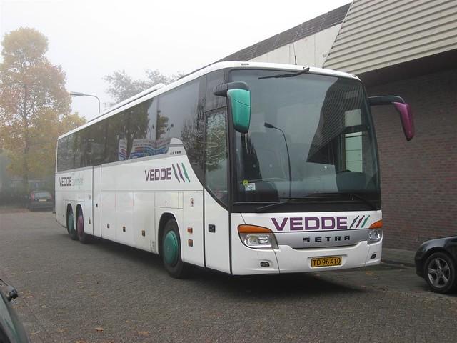 Vedde Tours Diemen Zuid Zwembad A German Tourbus At The Du Flickr