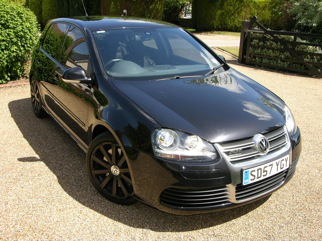 2007 volkswagen golf r32 explore thecarspy 39 s photos on fli flickr photo sharing. Black Bedroom Furniture Sets. Home Design Ideas