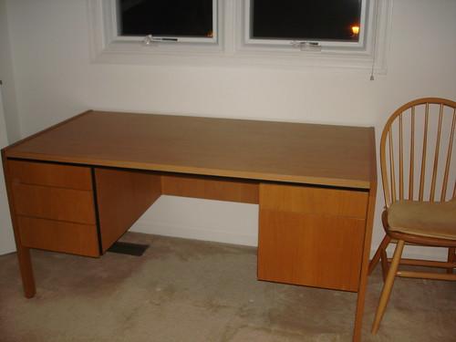 Desk – Free