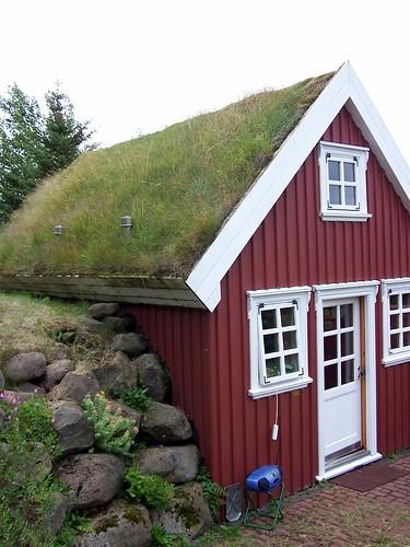 island häuser now in iceland die gr nen h user von island