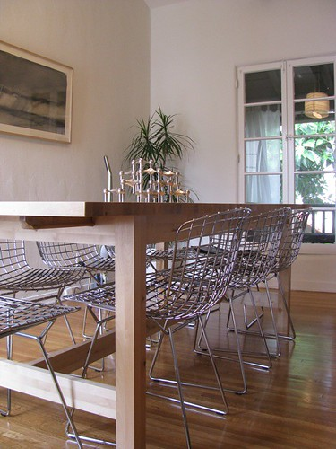 dining table & bertoia chairs