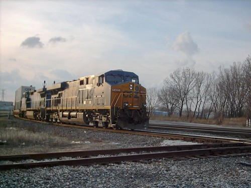 Eastbound CSX intermodal train. Hayford Junction. Chicago Illinois. March 2007. by Eddie from Chicago