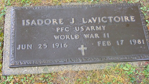 Grave marker Isadore J LaVictoire PFC US Army