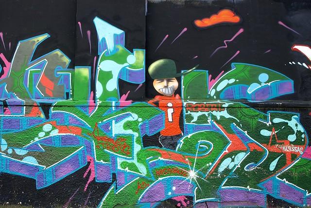 South Bronx Graffiti New York City - a gallery on Flickr