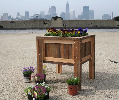 reclaimed wood for furniture reclaimed wood affordable design furniture. Black Bedroom Furniture Sets. Home Design Ideas
