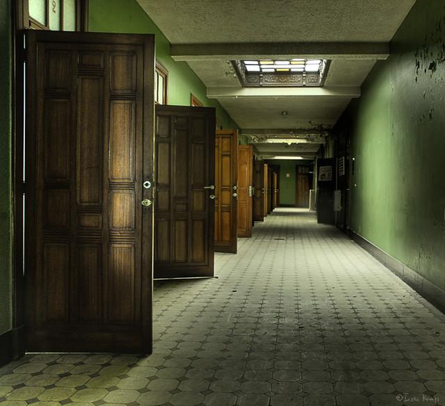 Art deco corridor flickr photo sharing - Deco muur corridor ...