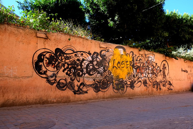 graffiti | flowerz | marrakech . feb 2014