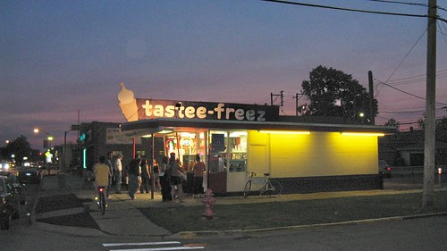 Tastee Freeze on West 26th Street. Berwyn Illinois. June 2008. by Eddie from Chicago