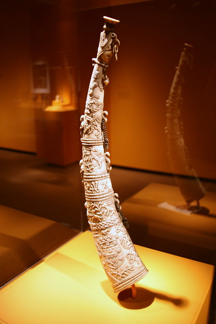 Hunting horn, Sapi-Portuguese style, Bullom or Temne peoples, Sierra Leone, Late 15th century, Ivory, metal