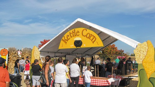 The Kettle Corn concession stand. Goebert's Farm Stand. Barrington Illinois. October 2008. by Eddie from Chicago