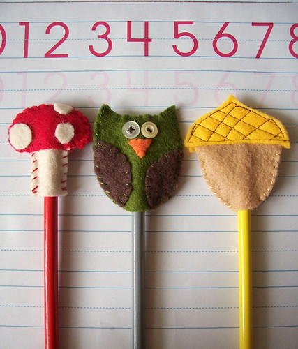Felt Cupcake Picks/Pencil Toppers Tutorial