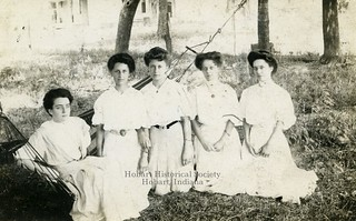 Etta Bullock Killigrew (2nd from left). Undated.