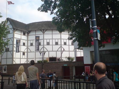 Globe Theater in London uk
