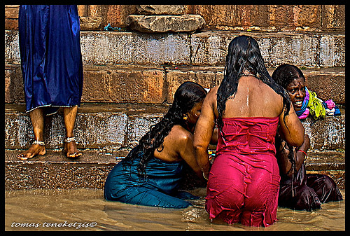 Women Bathing In Ganga River Ii India Acw Flickr