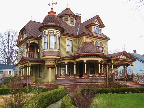 Ella 39 s blog old houses for Classic houses images