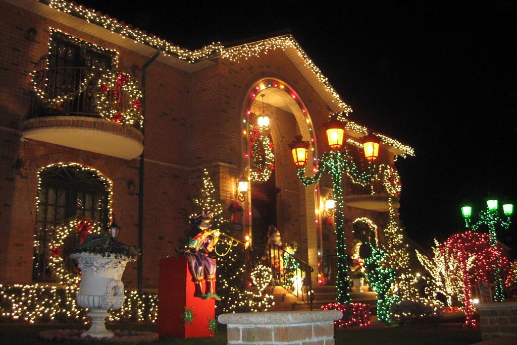 dyker heights christmas lights brooklyn
