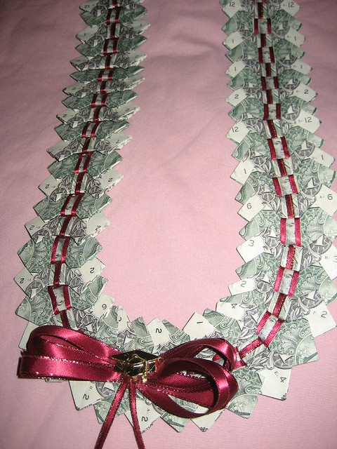 Lei Can Be Made With Construction Paper Yarn Solid: Bow Tie Money Lei