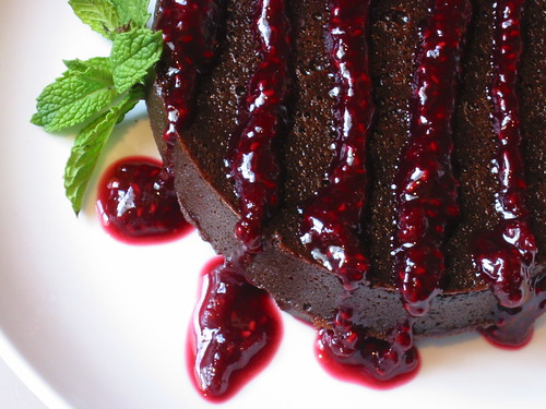 Chocolate Custard Cake with Raspberry-Pomegranate Sauce (large)