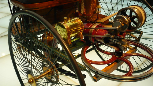 Patent-Motorwagen = the first motor - carriage  (3 wheels) , inventor is  Karl Benz 1886