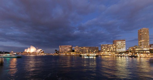 The beautiful harbour and Opera house captured as the sun is setting.