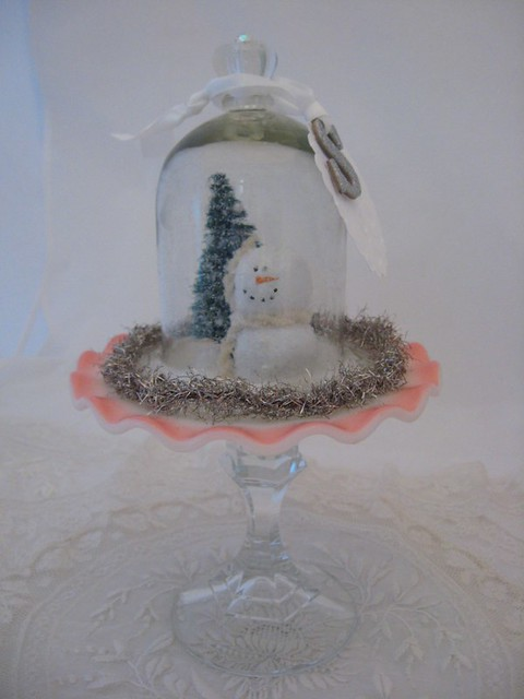 snowman pink pedistal dish