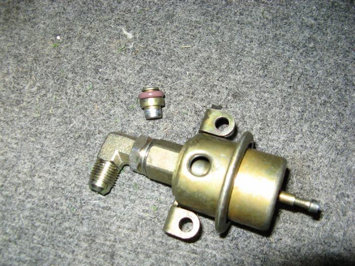 hsr fuel pressure regulator leak but not out of vacuum. Black Bedroom Furniture Sets. Home Design Ideas