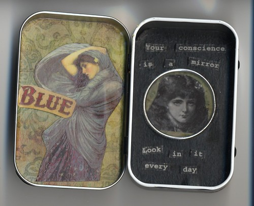 Your Conscience is a Mirror Altered Altoid Tin Interior ZNE